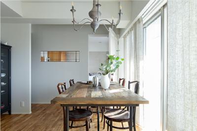 海外で使っていた家具が素敵に馴染む家