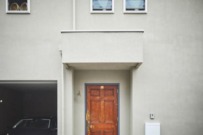 アンティークが馴染む新築住宅。